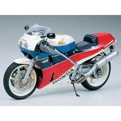Tamiya 14057 1:12 Honda VFR750R