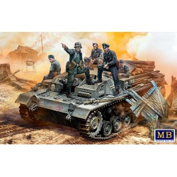 MB 35208 1:35 German StuG...