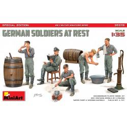 MiniArt 35378 1:35 German...